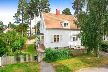 Caroline Östbergs väg 9