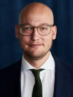 Ansvarig mäklare Petrus Andersson