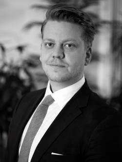 Ansvarig mäklare Niklas Sahlin