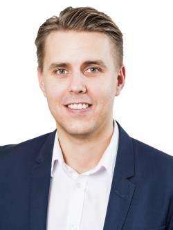 Ansvarig mäklare Niklas Kristersson